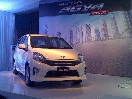 Berkendara Irit BBM Menggunakan Toyota Agya