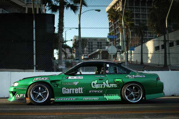 Modifikasi Nissan Silvia S14 Jagoan Drift