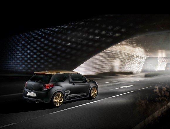 Citroen DS3 Racing Emas Mat Dengan Skema Warna Yang Unik