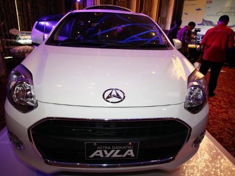 Mobil Murah Ayla Mampu Menggeser  Posisi Daihatsu Xenia