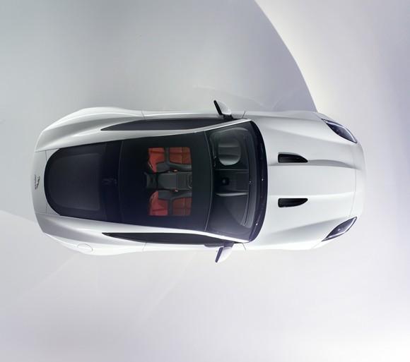 Jaguar F-Type Coupe Sepenuhnya Akan Diperkenalkan Dalam Beberapa Minggu