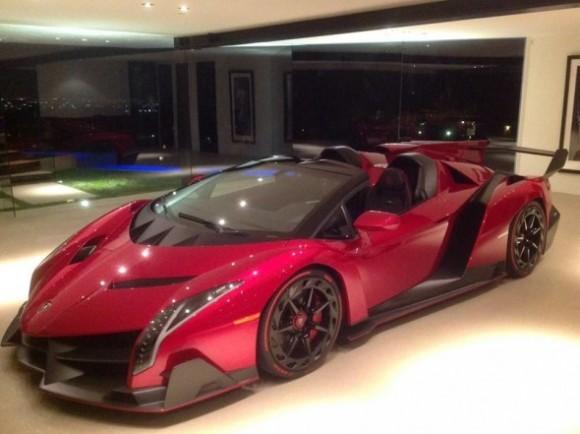 Yang Pertama Lamborghini Roadster Poison Dapat Di Lihat Di Los Angeles