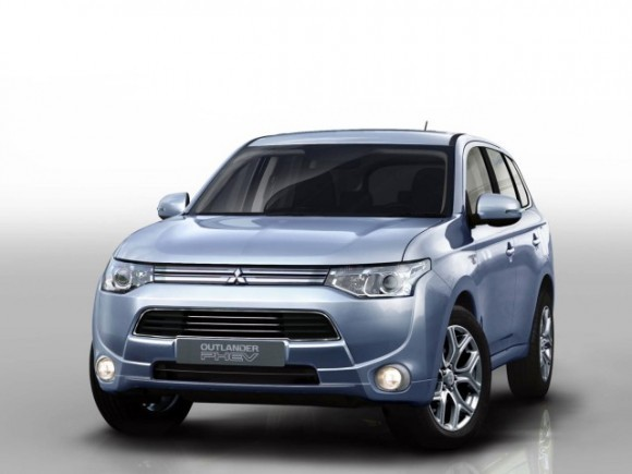Mitsubishi Outlander PHEV: Dari 46.500 € Dengan Rencana Movele