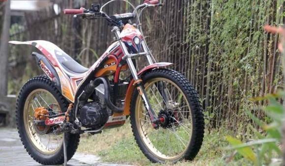 Modifikasi Yamaha RX-King 1997 Bukan Sekadar Tampang Tapi Juga Fungsi