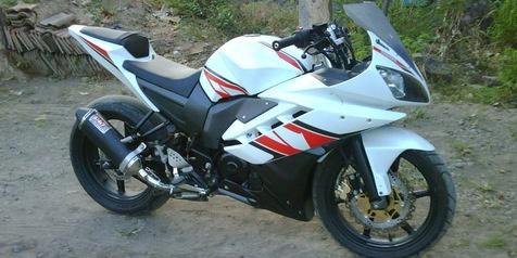 Modifikasi Yamaha Byson Tampil Lebih Sporty Layaknya Moge Sport Yamaha FZ R15 2