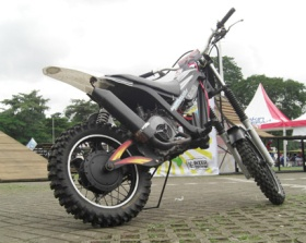 Modifikasi Yamaha Mio 2008 Model Trail