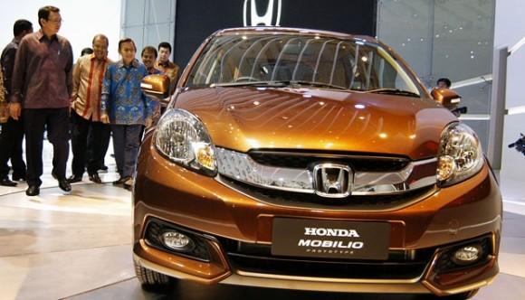 Spesifikasi Honda Mobilio Yang Memiliki Kelebihan Dan Kekurangan