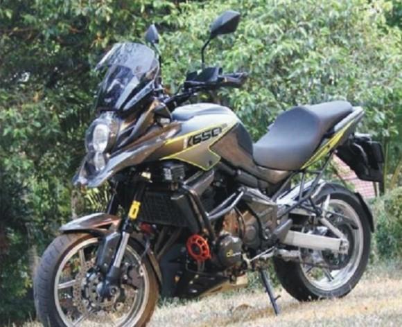 Modifikasi Kawasaki Versys 650 Tampil Lebih Fresh