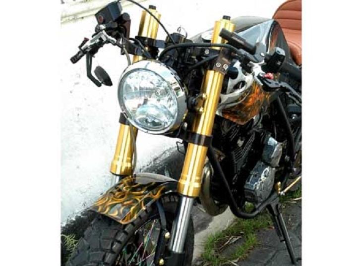 Modifikasi Aliran Cafe Racer Yamaha Scorpio Memiliki Segudang Aksesoris Berkelas