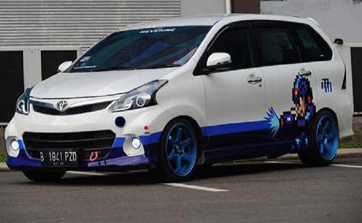 Modifikasi All New Toyota Avanza E 2013 Dengan Konsep Game Room