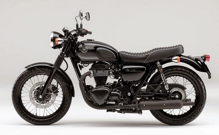Kawasaki W800 Black Edition, Motor Klasik Tapi Modern