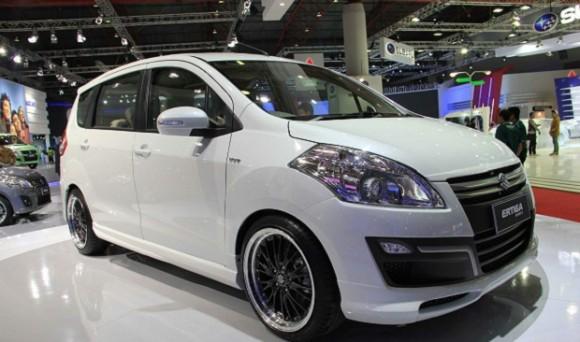 Suzuki Ertiga Facelift 2015 Akan Menghadang Tekanan Honda Mobilio