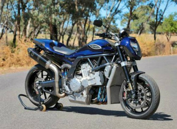 Superbike V8 Ciptaan Australia Hasil Penggabungan Mesin YZF-R1