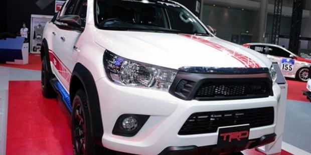 Inilah Sosok Kekar Dan Mewah Di Tampilkan Toyota Hilux Revo Sport Off Road Concept