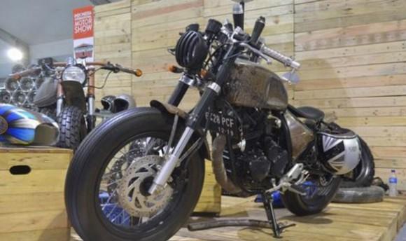 Modifikasi Yamaha Scorpio Berpenampilan Karatan Namun Tetap Nyentrik