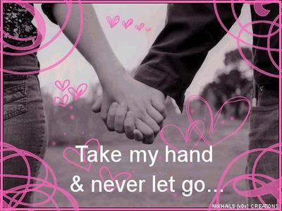 mengelus tangannya saat berjalan berdua