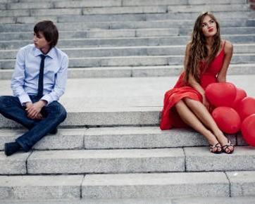 Tips Wanita Untuk Mendekati Pria Lebih Dulu