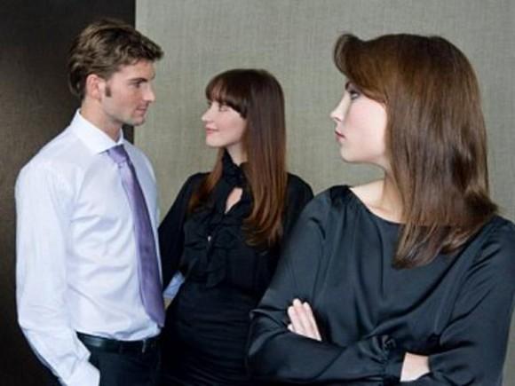 Alasan Suami dan Istri Selingkuh