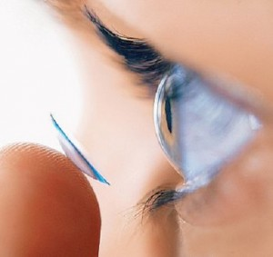 Tips Merawat Lensa Kontak
