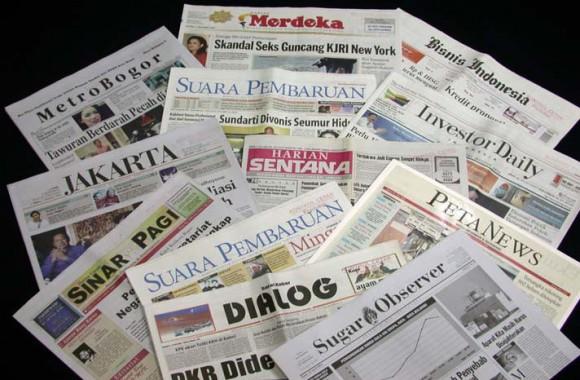 Tips Mengolah Kertas Koran Menjadi Kreasi Kerajinan Tangan