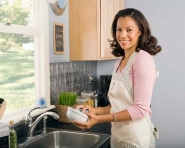 Lima Cara Membersihkan Dapur dari Bakteri