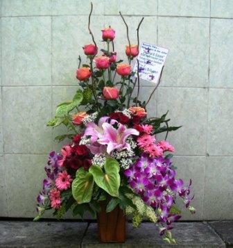 Tips Merangkai Bunga Dengan Hasil yang Indah