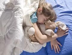 Cara Untuk Mendorong Anak Untuk Tidur Di Tempat Tidur Sendiri