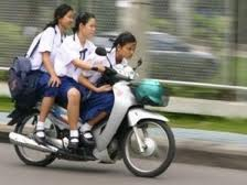 Tips Aman Berkendara Untuk Anak