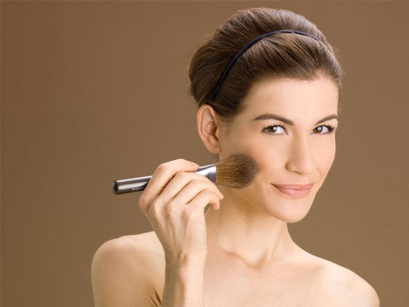 Cara Make up Untuk Si Kulit Berminyak