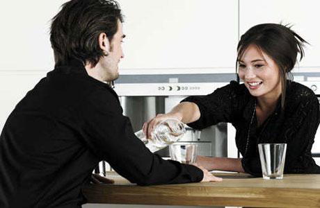 Cara Ampuh Menarik Perhatian Pria Idaman