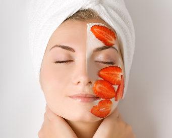 Tips Cantik Dengan Buah Strawberry