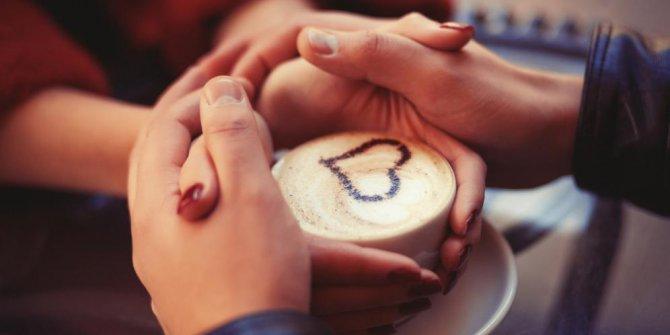 Cara Ampuh Nembak Cewek Saat Valentine