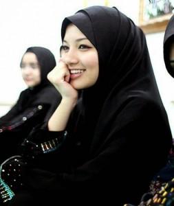 Rahasia Pancaran Kecantikan Muslimah Arab