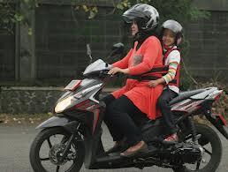 Tips Jitu Berkendara Bersama Anak