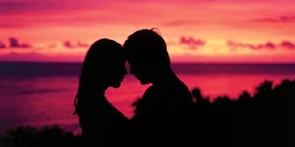 Cara Mengetahui Perasaan Sahabat yang Mencintai Kita