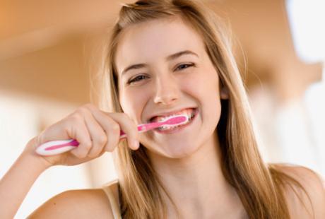 Ini Dia Tips Mudah Merawat Gigi Agar Tetap Sehat
