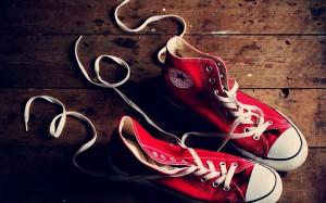 Tips Memanjakan Sepatu Sneaker Converse Kesayangan Anda