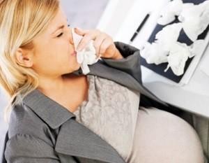 Penyebab dan Cara Mengatasi Mimisan (Epistaksisi) Saat Hamil
